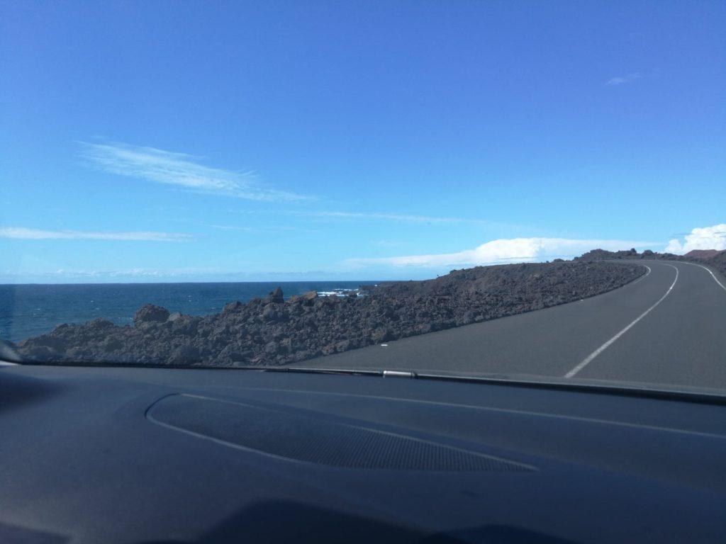 Droga wzdłuż morza na Lanzarote